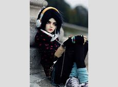 Japanese Ball-Jointed Doll Still Life Photography - noupe Ugly Girl Facebook