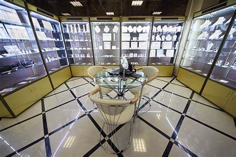 High End Jewelry Stores by High End Jewelry Stores Vs Brian Gavin Diamonds