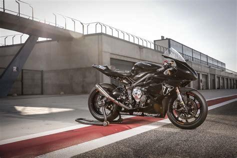 test moto3 triumph tests moto2 engine with daytona 765 prototype