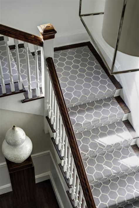 karpet cantik untuk tangga di rumah rumah dan gaya hidup