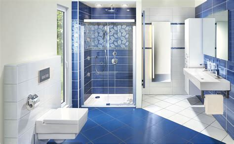 moderne badezimmer arten ratgeber dusche infos hornbach