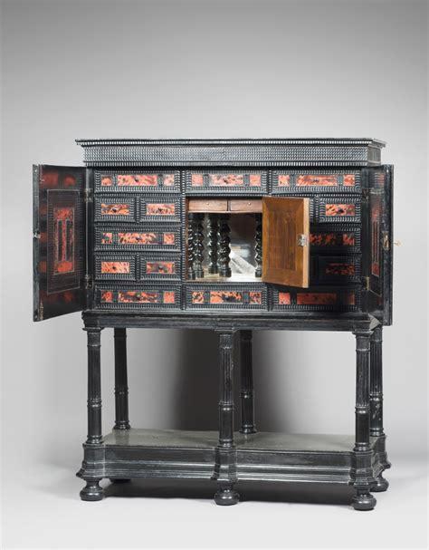 Cabinet Des Flandres by Cabinet Sur Pied En Bois Noirci Et Fa 231 On 233 Caille Flandres