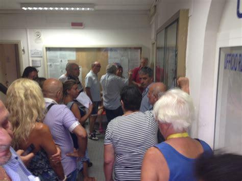 ufficio messi comune di roma ardea centinaia di lettere equitalia consegnate