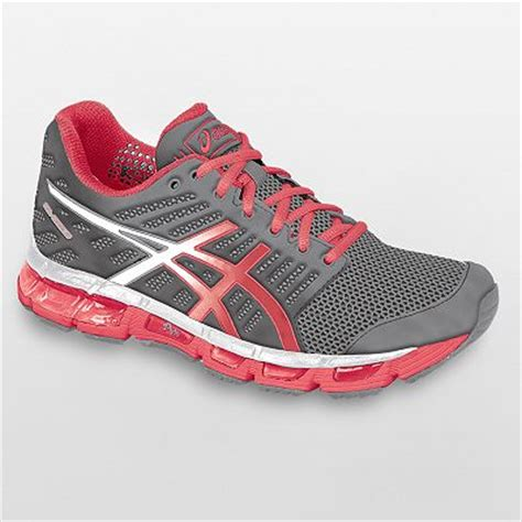 picking the right running shoes choosing the right running shoe for you running tips 101
