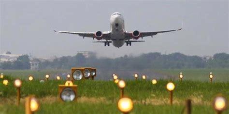 Wifi Di Pesawat wifi di pesawat masih harus tunggu kominfo kompas
