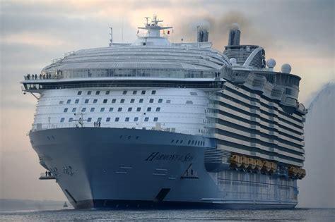 biggest ships in world war 2 world s largest passenger cruise ship prepares for maiden