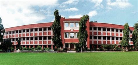 Department Of Commerce Du Mba Cut by Kirori Mal College Kmc Delhi Courses Cut And