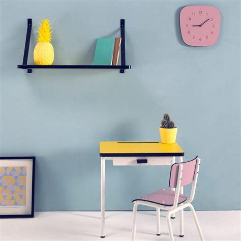 le bureau jaune bureau enfant r 233 gine jaune les gambettes mobilier