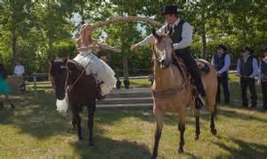 Wedding Quotes Speech Heartland Actress Amber Marshall S Rustic Ranch Wedding Hello Canada