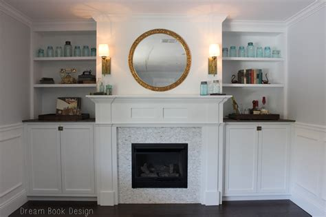 FIREPLACE: Awesome White Fireplace Mantel With Round