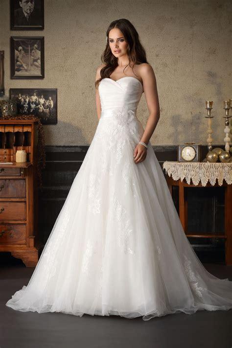 Brautmode Hochzeitskleider by Brinkman Hochzeitskleid Hochzeitskleider Brautkleid
