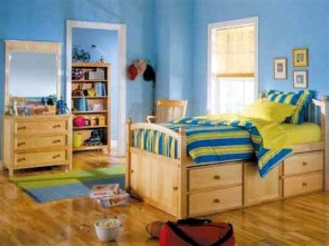 what kind of paint to use in bedroom what kind of paint should i use in a child s bedroom