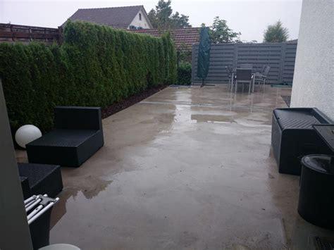 terrasse betonieren fertig betonierte terrasse