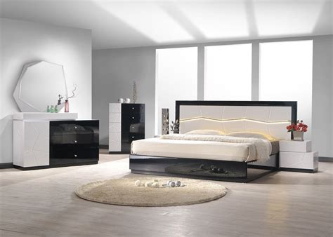 Designer Bedroom Set Wood Designer Furniture Collection With Grey Black Lacquer New York New York J M