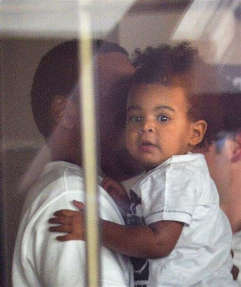 beyonce and blue ivy carter look beyonce jay z forget to cover blue ivy s face up