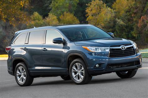 Toyota Highlander Problems 2014 Toyota Highlander Recalled For Seat Belt Issue