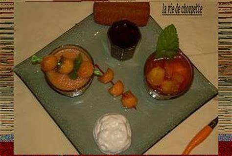 s駱aration vitr馥 cuisine verrine mousse de melon salade de fruits frais paperblog