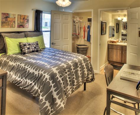 amenities villas on sycamore student apartments in