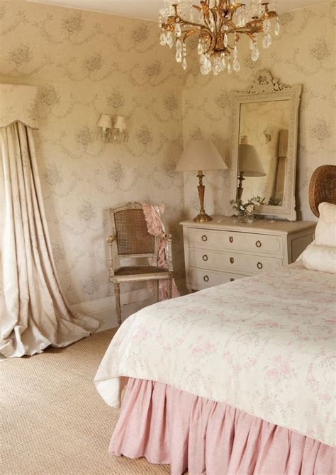 shabby chic bedroom suite 1808 best romantic vintage home images on pinterest