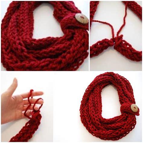 how to finger knit a scarf diy finger knit infinity scarf usefuldiy