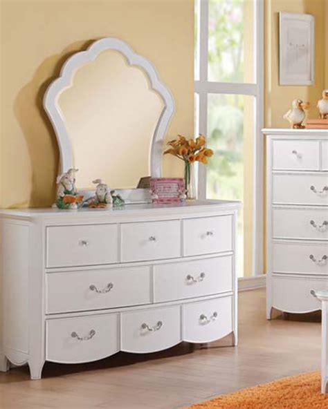 Dresser W Mirror by Dresser W Mirror Cecilie White By Acme Ac30325dm