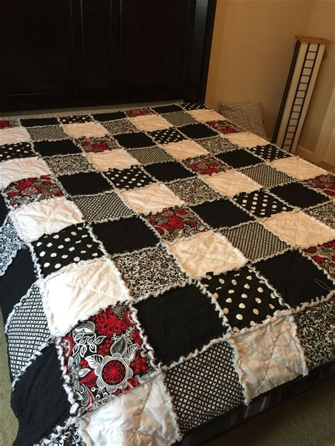 Size Quilt Patterns For Beginners by 25 Best Ideas About Quilt Sizes On Quilt Size