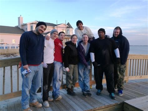 Detox Centers On Island by Rehab Residents Help Rebuild Homes On Island Ny