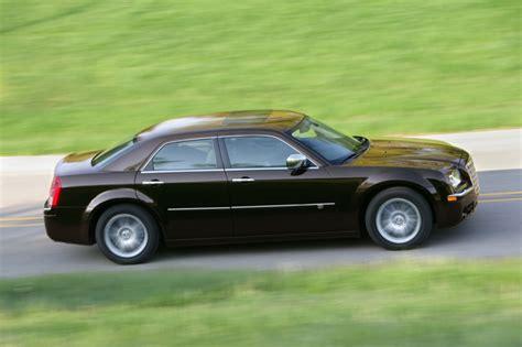 2005 chrysler 300c recalls chrysler recalls 2010 300 dodge challenger autoevolution