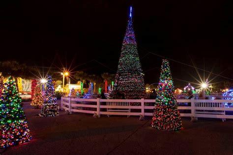 panama city beach christmas lights bp money buys sports towels xmas lights jingles