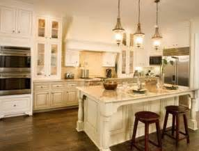 Kitchens With Antique White Cabinets by Antique White Kitchen Cabinets Back To The Past In