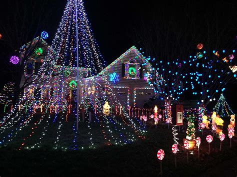 this man s incredible christmas light display doubles his
