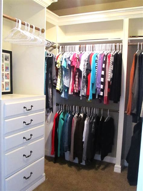 organize bedroom closet life with both hands full totally organized tuesday