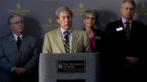 Of Iowa Removing Mba by Bruce Harreld Mba Speaks After Introduction As 21st Ui