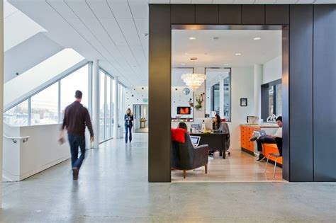 airbnb s lovely headquarters in san francisco airbnb s 170 000 sq ft headquarters in san francisco