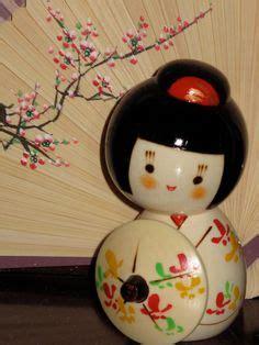 Boneka Geisha Jepang Av 1000 images about asian dolls on japanese doll kokeshi dolls and korean traditional