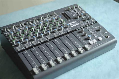 ssl x desk image 544885 audiofanzine