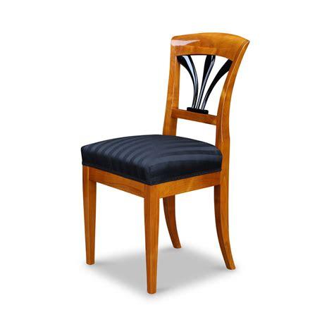 biedermeier stuhl sch 246 nen biedermeier stuhl mit polster bei stilwohnen kaufen
