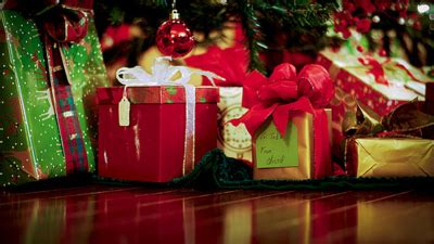 images of christmas gifts under the tree christmas shopping tips 2015