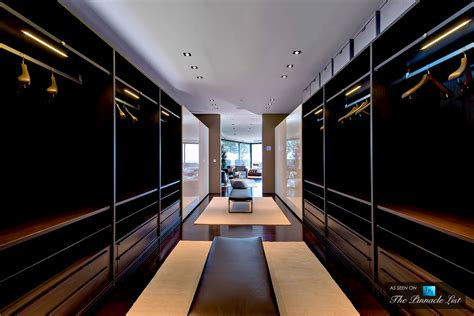 Celine Dion House by Top 5 Reasons The Elite View Master Closets As The