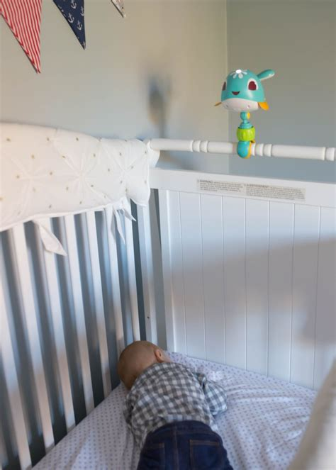 tips for getting baby to sleep in their crib