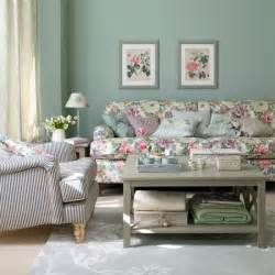 create a classic country living room