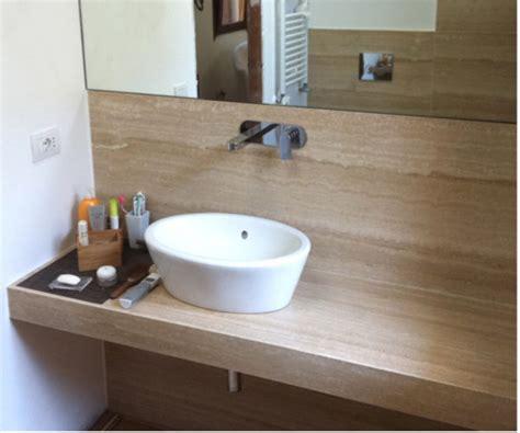 piani in marmo per bagno pavimenti rivestimenti e piani bagno in marmo di travertino