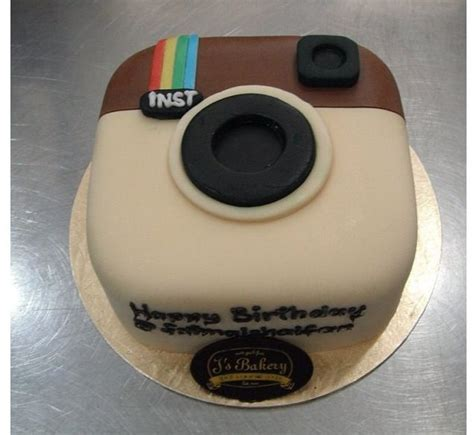 instagram design cake 1000 images about awesome instagram cakes on pinterest