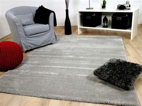grauer teppich läufer teppichversand24 ihr g 252 nstiger teppich h 228 ndler