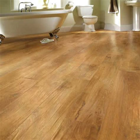 Oak Royale replica natural timber customised vinyl by Karndean