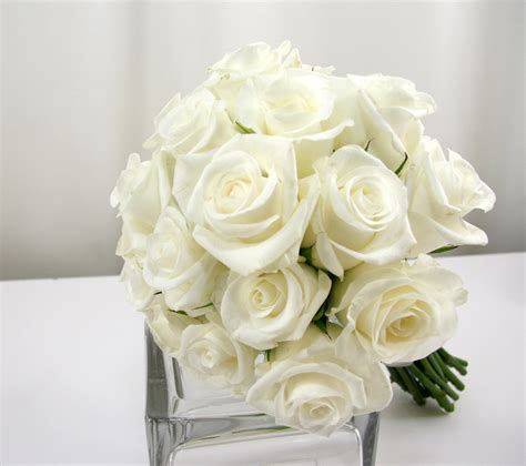 wedding bouquet white roses 6 most popular flowers for vtecki