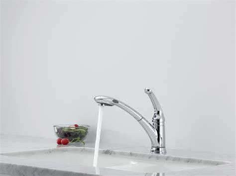 fantastic delta signature single handle pull out spray delta 470 we dst signature single handle pull out kitchen