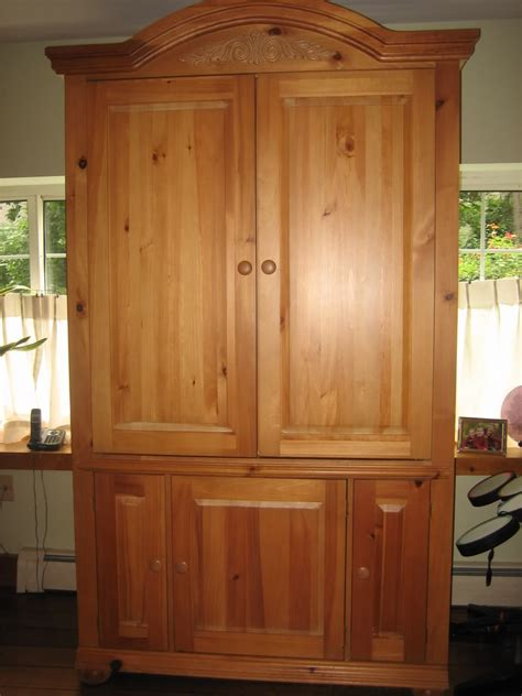 broyhill fontana armoire item gone fs broyhill fontana armoire with free tv the outdoors trader