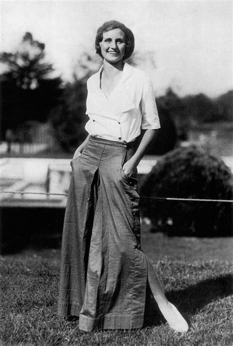 a popular style of 1930s suit whereas in the 1920s casual clothes while made in