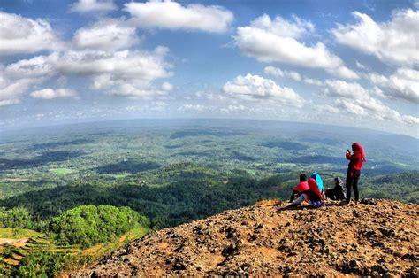 gunung api purba nglanggeran yogyakarta backpacker jakarta
